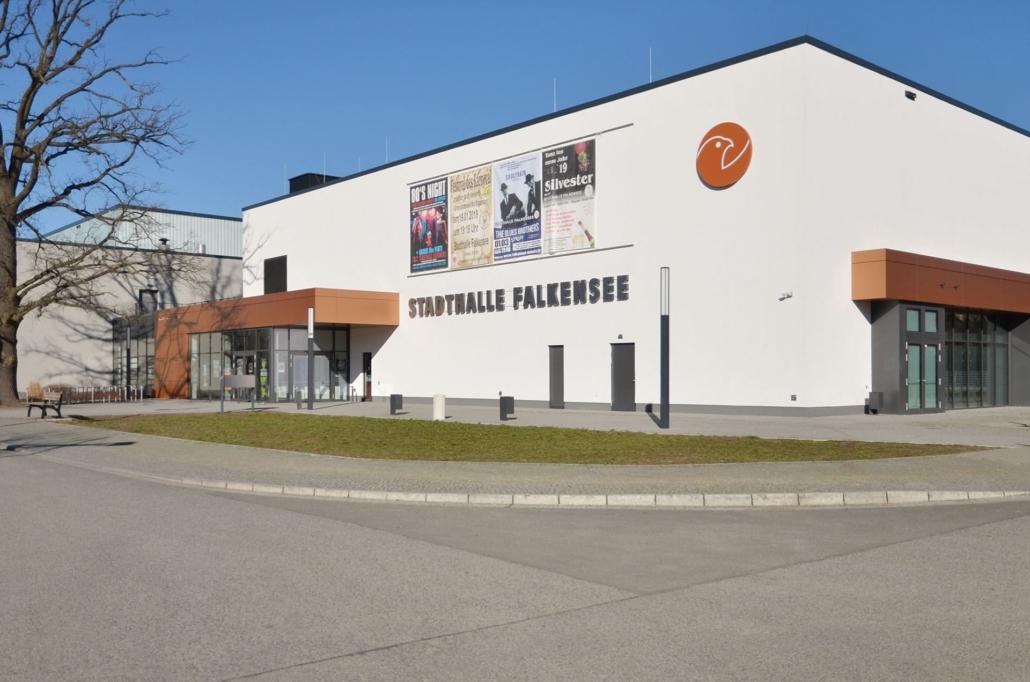 In der Stadthalle Falkensee finden regelmäßig Veranstaltungen statt